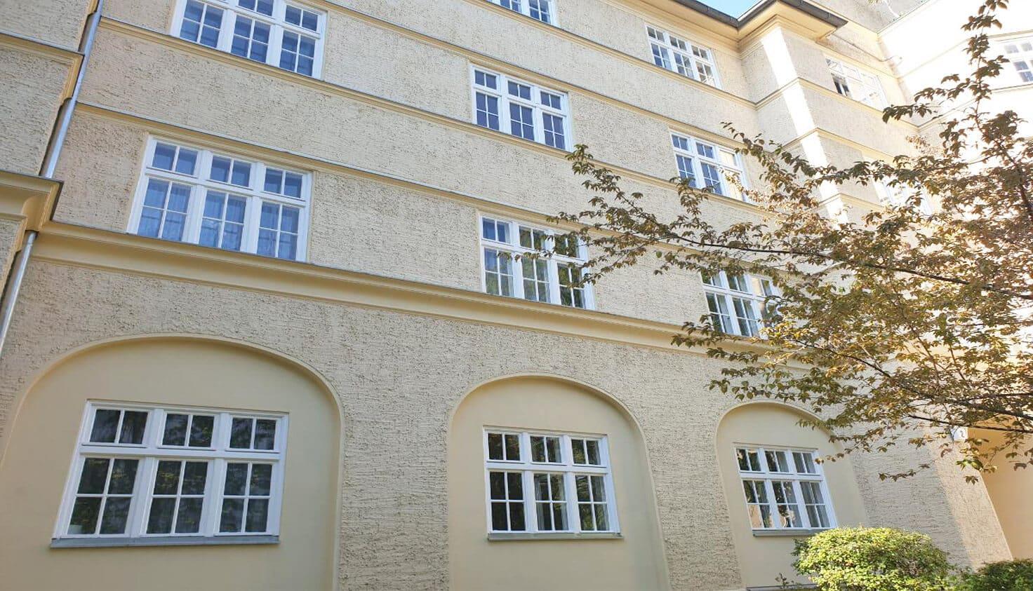 02-Sanierung-von-Altbaufenstern-referenz-malerbetrieb-kluge-berlin.jpg