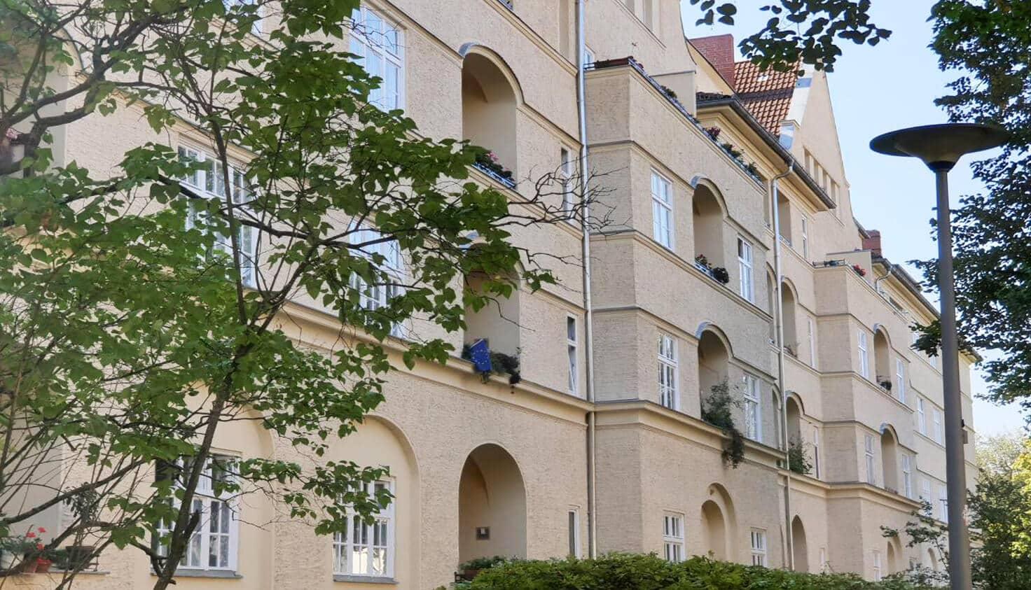03-Sanierung-von-Altbaufenstern-referenz-malerbetrieb-kluge-berlin.jpg
